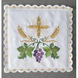 Palka haftowana biała krzyż + winogrono