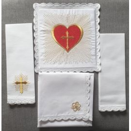 Bielizna kielichowa Serce Jezusa haft