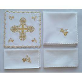 Bielizna kielichowa złoty krzyż - haft (135)