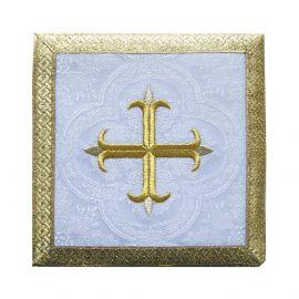 Palka biała Krzyż + złote obszycie