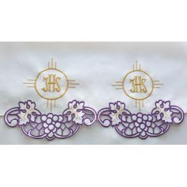 Obrus ołtarzowy haftowany - IHS (72)