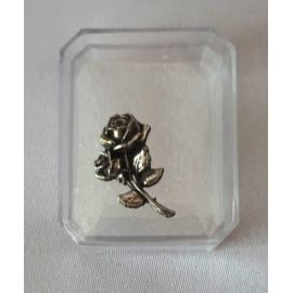 Pudełeczko na różaniec - prostokąt metalowa róża