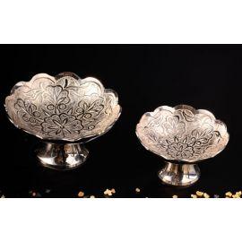 Kadzielnica srebrna, talerzyk na nóżce - 8 cm