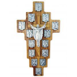 Krzyż z drogą krzyżową - drzewo oliwne (1)
