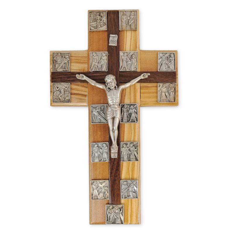 Krzyż z drogą krzyżową - drzewo oliwne (2)