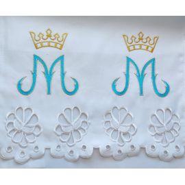 Obrus Maryjny haftowany (85)
