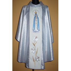 Ornat haftowany z wizerunkiem Matki Bożej Różańcowej
