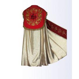 Kapa złota z czerwonym pasem