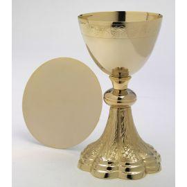 Kielich złocony + patena -21,5 cm.