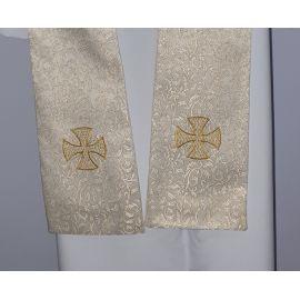 Stuła kapłańska ecru z ozdobnym krzyżem nr. 11