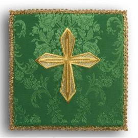 Palka haftowana zielona - złoty krzyż