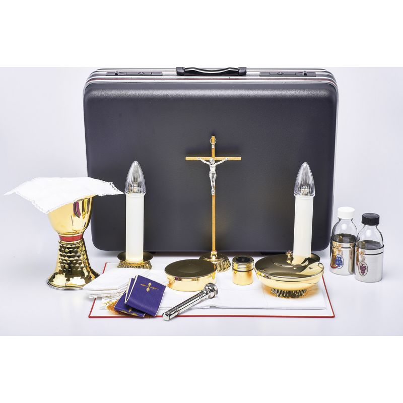 Komplet podróżny dla kapłana - walizka celebransa (15)