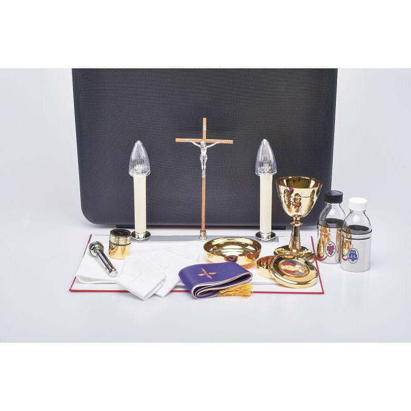 Komplet podróżny dla kapłana (walizka celebransa)